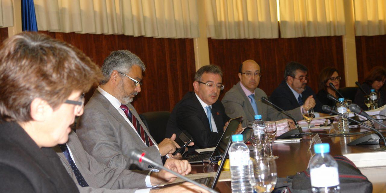 El Rector de la UHU anuncia en el Consejo de Gobierno el fin del Plan de Reequilibrio