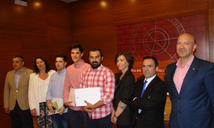 La Universidad de Huelva entrega los premios de la IX edición del Concurso de Bolsa