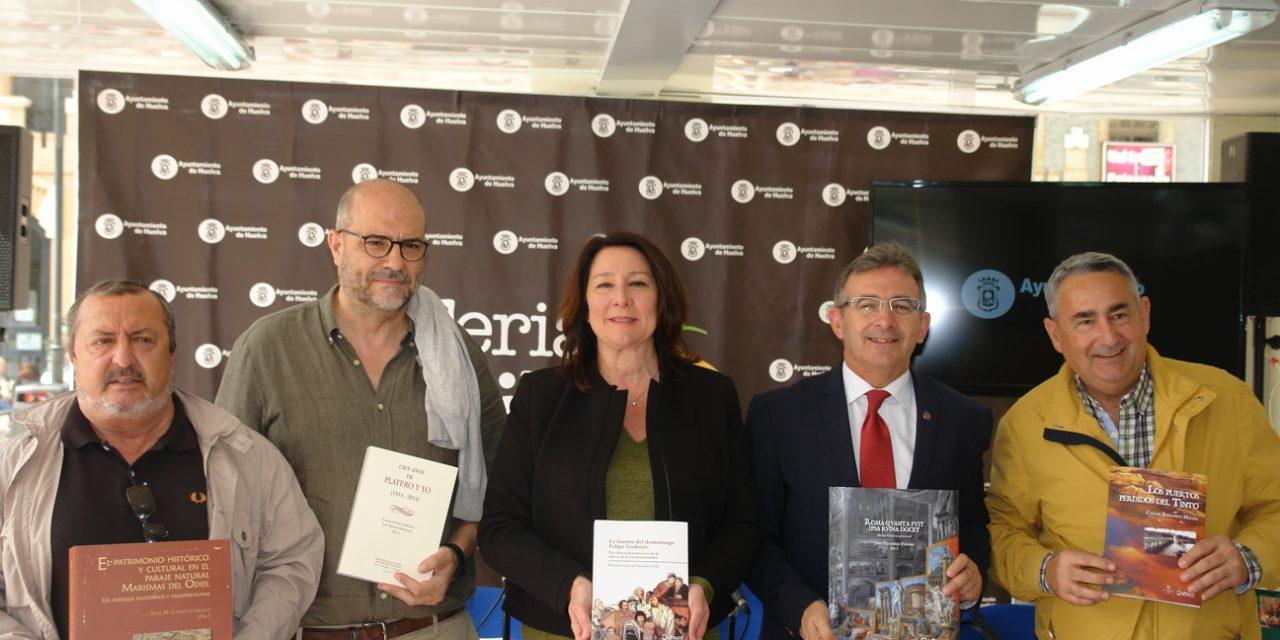 La UHU da a conocer en la Feria del Libro su innovación en la edición digital