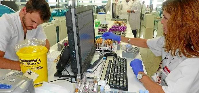 Nuevo marcador para la detección precoz del cáncer de mama de mano de la UHU y el hospital Juan Ramón Jiménez