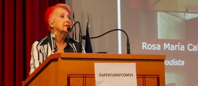 Rosa María Calaf durante la inauguración del curso académico en Universidad de Sevilla (foto @FCOM)