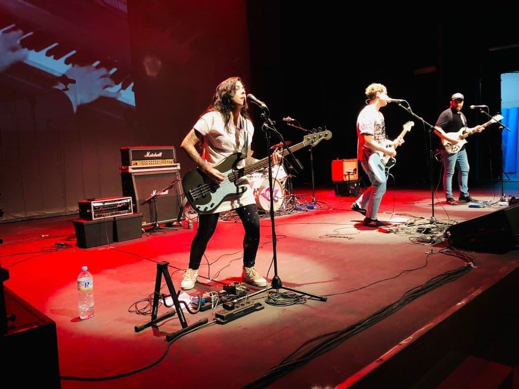 La La Love You' deleita al público con un concierto en el auditorio de la Universidad de Huelva